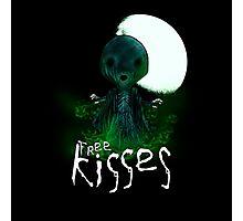 Free Kisses Photographic Print