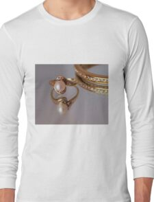 Pearl Ring Long Sleeve T-Shirt