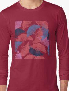 Сolorful seamless pattern. Hand drawn leaf of Ginkgo Biloba. Long Sleeve T-Shirt