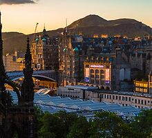 Old town sunrise 2 by Beautiful Edinburgh