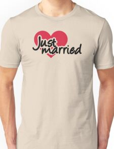 Just married red heart Unisex T-Shirt