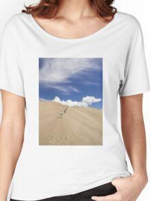 Climbing High Dune Women's Relaxed Fit T-Shirt