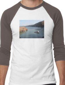 CLOVELLY HARBOUR FISHING BOAT DEVON Men's Baseball ¾ T-Shirt