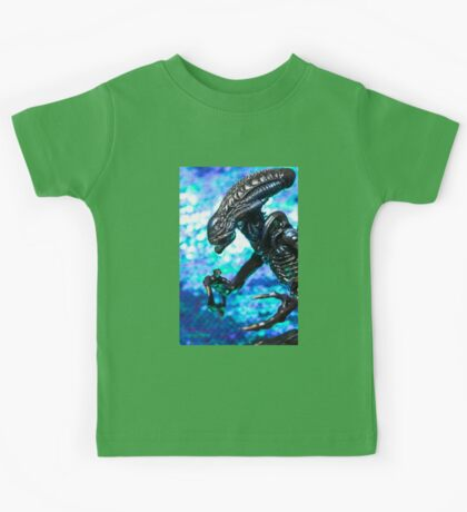Alien from sci-fi movie Kids Tee