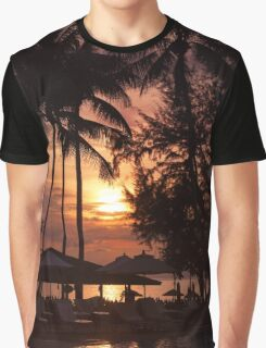 Sunset at a coastline with palm trees Graphic T-Shirt