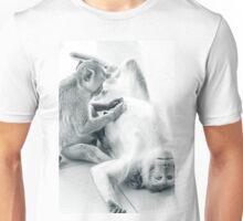 Affen beim Pflegeprogramm Unisex T-Shirt