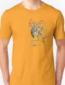 HEART OF THE GARDEN - YELLOW FLORAL DESIGN Unisex T-Shirt