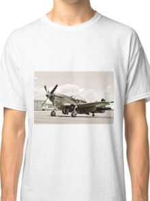 P-51 Classic Mustang WW2 Fighter Plane Classic T-Shirt