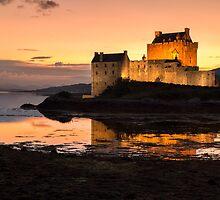 Eilean Donan Castle Sunset by derekbeattie