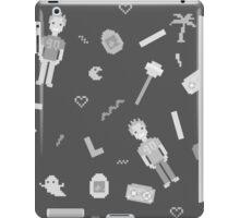 Pixel art 90's retro style grayscale design iPad Case/Skin