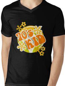 70s Kid - Retro Happy Flowers 1970s Hippies Design Mens V-Neck T-Shirt