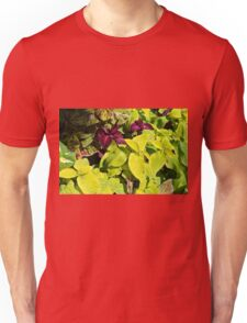 Colorful green leaves pattern Unisex T-Shirt