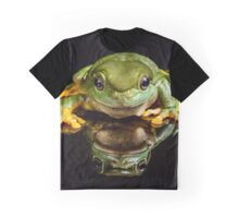 Green Tree Frog Graphic T-Shirt