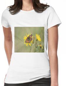 Small Tortoiseshell (Aglais urticae) on a Dandelion Womens Fitted T-Shirt