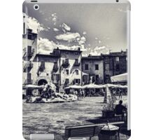 Piazza della Anfiteatro - Lucca iPad Case/Skin