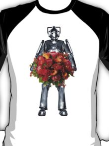 cyberman with flowers  T-Shirt