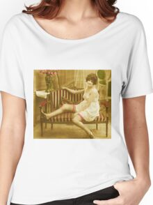 A Victorian Lady reclining on her Chaise Longue vintage photograph Women's Relaxed Fit T-Shirt