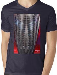 Car Gill Mens V-Neck T-Shirt
