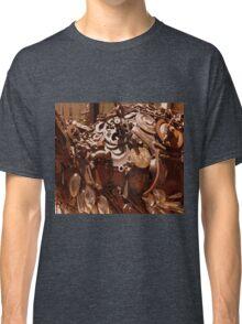 Rusty sculpture Classic T-Shirt