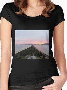 The Neck Women's Fitted Scoop T-Shirt