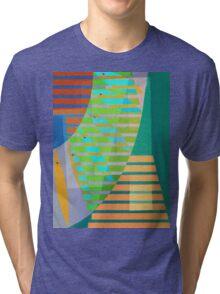 A Lama, o Mangue e o Mar (The mud, the Mangue and the Sea) Tri-blend T-Shirt
