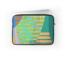 A Lama, o Mangue e o Mar (The mud, the Mangue and the Sea) Laptop Sleeve