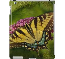 Eastern Tiger Swallowtail Butterfly - Papilio glaucus - Female iPad Case/Skin