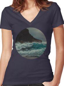 California Crash Women's Fitted V-Neck T-Shirt