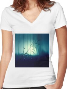 Blue Willow in the rain Women's Fitted V-Neck T-Shirt