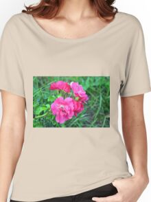 Beautiful gentle pink roses background Women's Relaxed Fit T-Shirt