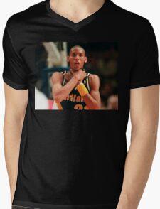 The Knick-Killer Mens V-Neck T-Shirt