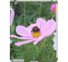 Bumble Bee on Cosmos Flower iPad Case/Skin