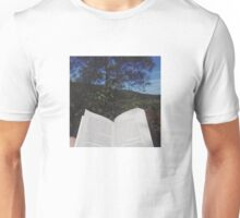 Open book to the world Unisex T-Shirt