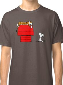 SNOOPY VS HOBBES Classic T-Shirt