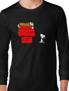 SNOOPY VS HOBBES Long Sleeve T-Shirt