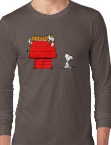 SNOOPY VS HOBBES Long Sleeve T-Shirt