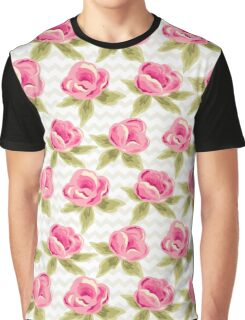 Pink roses pattern Graphic T-Shirt