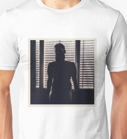 Autoportrait à la fenetre Unisex T-Shirt