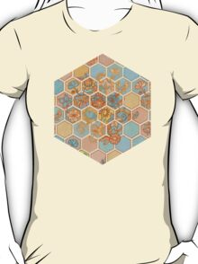 Golden Honeycomb Tangle - hexagon doodle in peach, blue, mint & cream T-Shirt