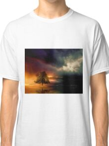 The lonely Tree and dramatic sky Classic T-Shirt