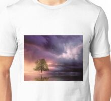 The lonely Tree and dramatic sky Unisex T-Shirt
