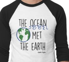 The Ocean Met the Earth Men's Baseball ¾ T-Shirt