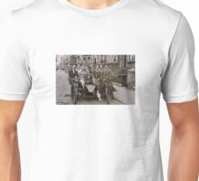 Family and friends - London 1920s Unisex T-Shirt