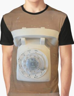 Phone it in Graphic T-Shirt