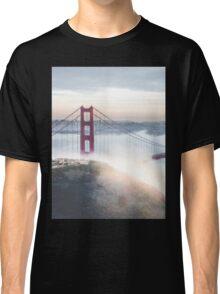 Golden Gate Bridge fog Classic T-Shirt