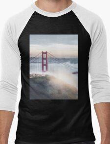 Golden Gate Bridge fog Men's Baseball ¾ T-Shirt