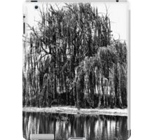 Black and White Weeping Willow iPad Case/Skin
