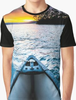 Canoeing in paradise Graphic T-Shirt
