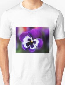 Pansy Dreaming of Summer Unisex T-Shirt
