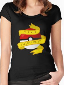 Instinct Pokeball Women's Fitted Scoop T-Shirt